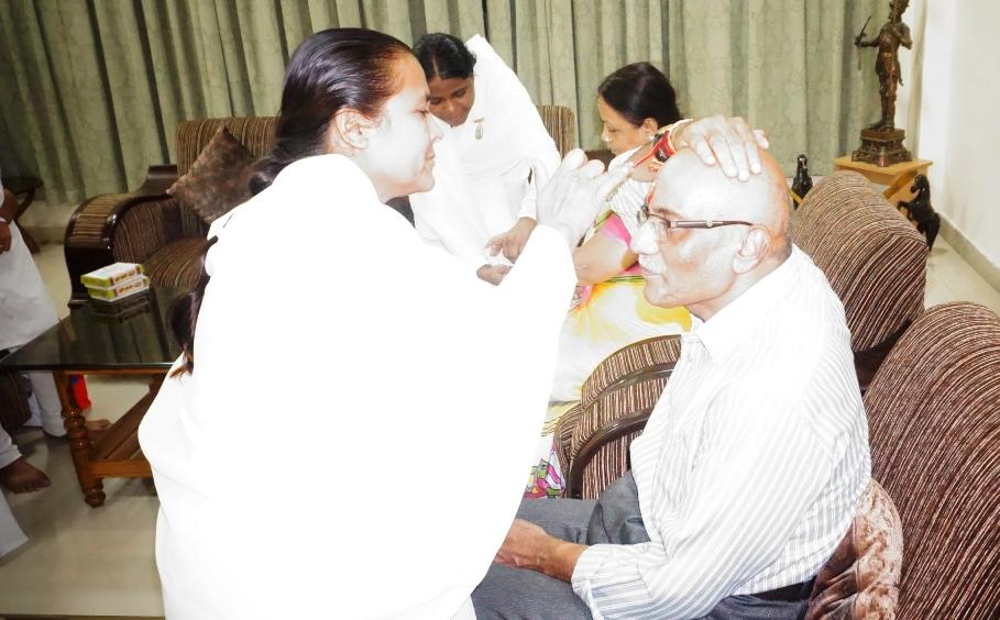 04 To Hon'ble Justice Bro. Chandra Bhushan Bajpai, Bilaspur High Court by BK Rupa & BK Shashiprabha (1)