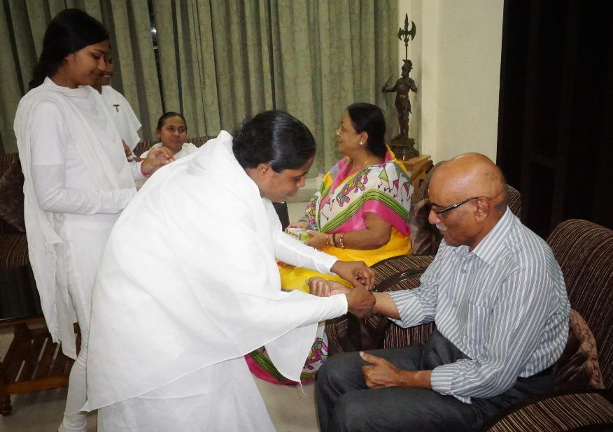 04 To Hon'ble Justice Bro. Chandra Bhushan Bajpai, Bilaspur High Court by BK Rupa & BK Shashiprabha (3)